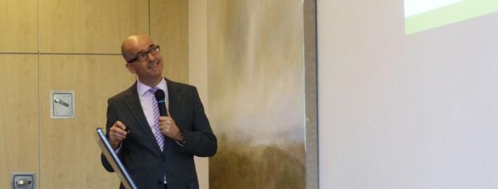 Hebammengespräch Dr. Roland Uphoff beim Vortrag